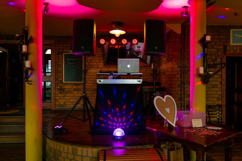 DJ Berlin Hochzeit - Krokodil DJ Technik Small