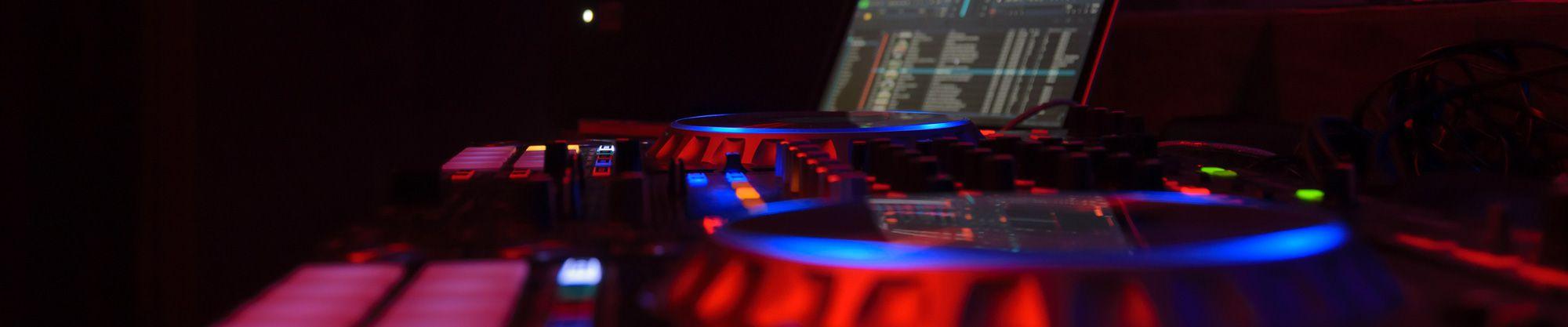 Was kostet ein Hochzeits DJ oder Event DJ?